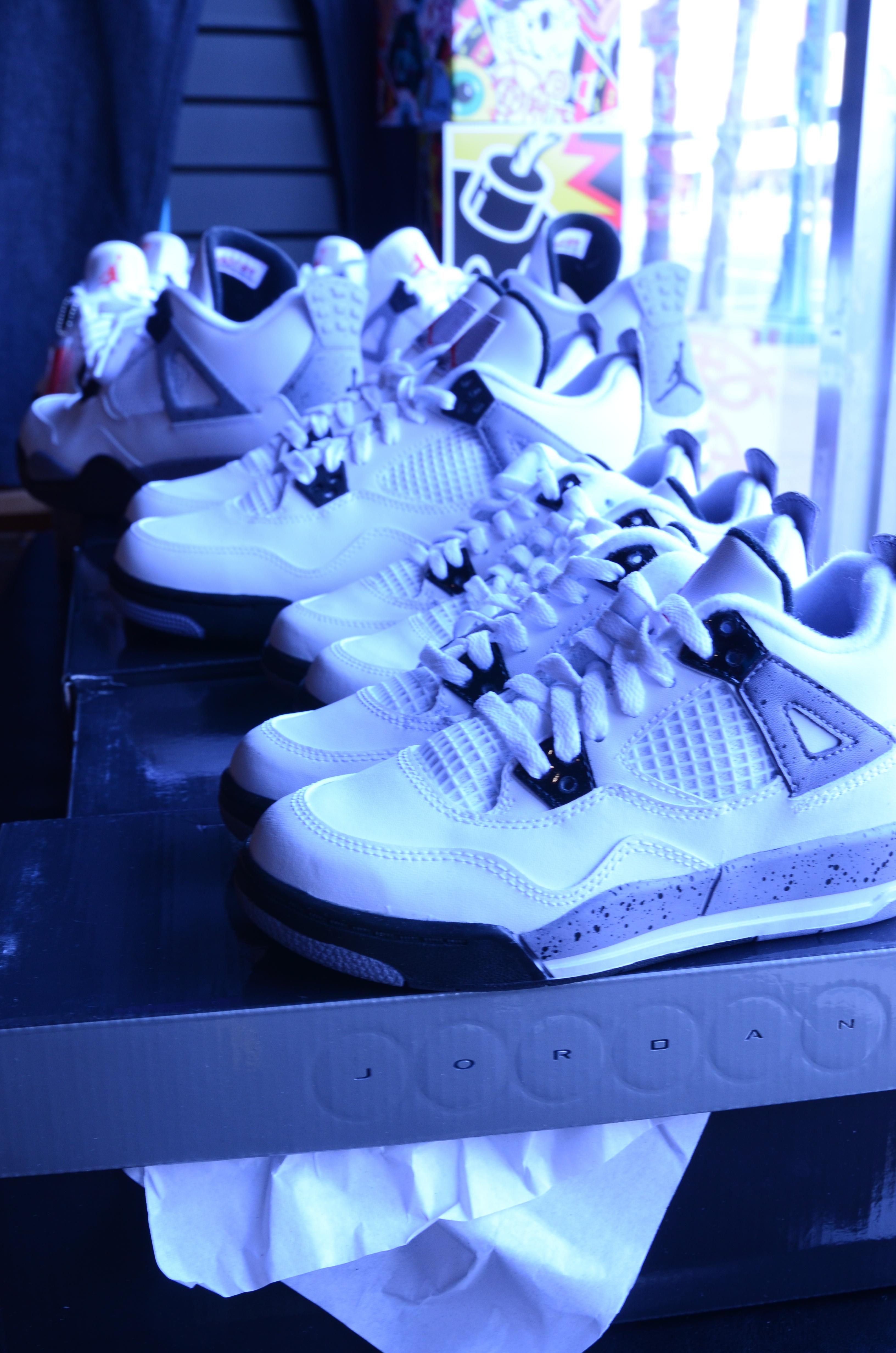 Jordans  16c4fb9ef9d2
